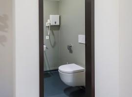 Pavimento e rivestimento vinilico tinta unita Pavimento vinilico finto legno Stabile logistico amministrativo ex Cif | Rancate